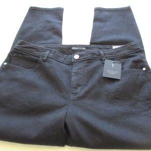 NWT - VERA WANG black Skinny jeans - sz 16WS - $56